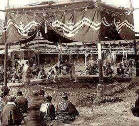 El sumo, una tradición que continúa.
