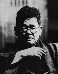 Kan_Kikuchi_smoking[1]